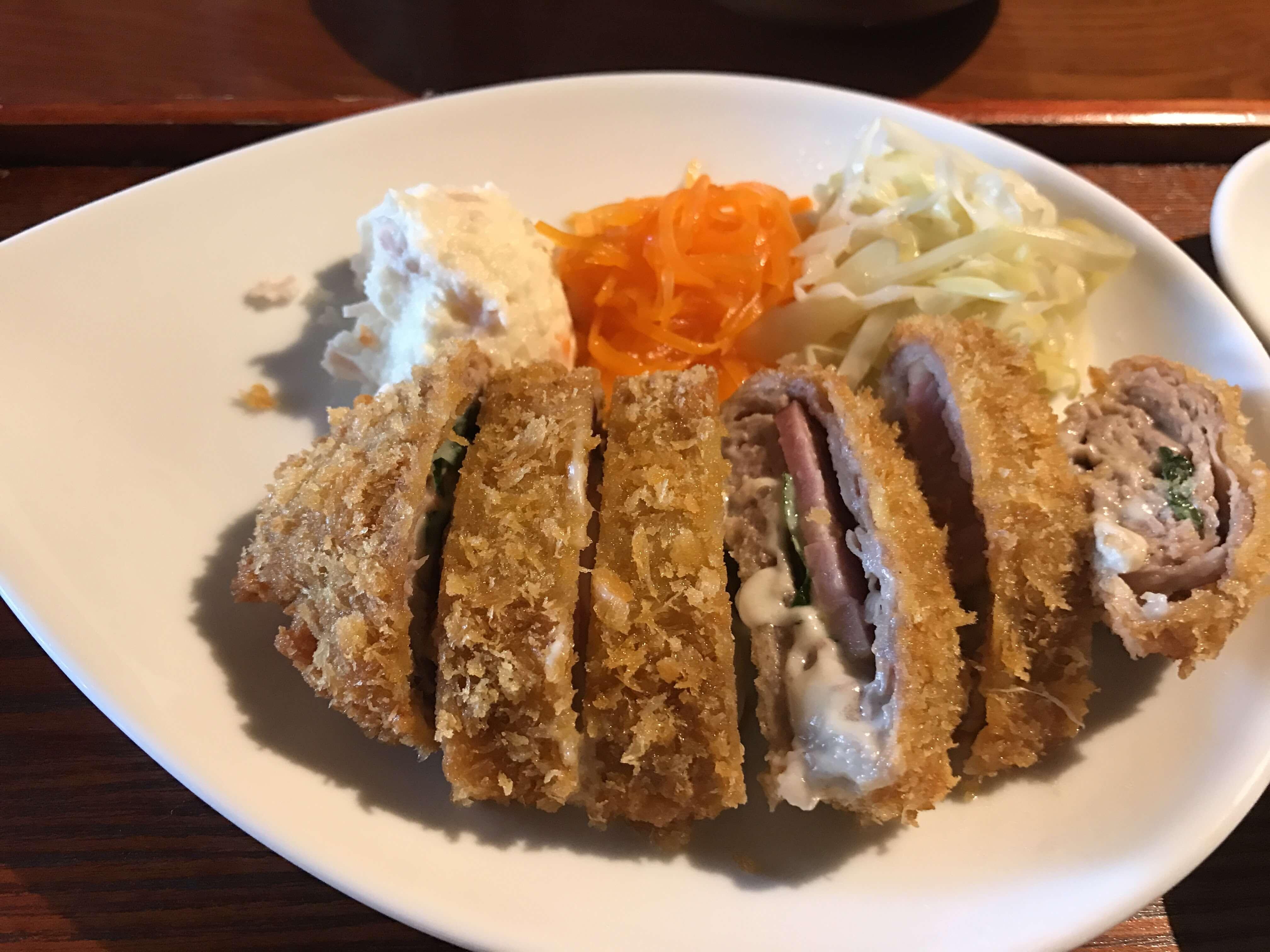 【太一商店(たいいちしょうてん)】ガッツリ系ラーメンならここ。野菜盛りでお腹いっぱい食べれる豚骨醤油のこってりラーメン。