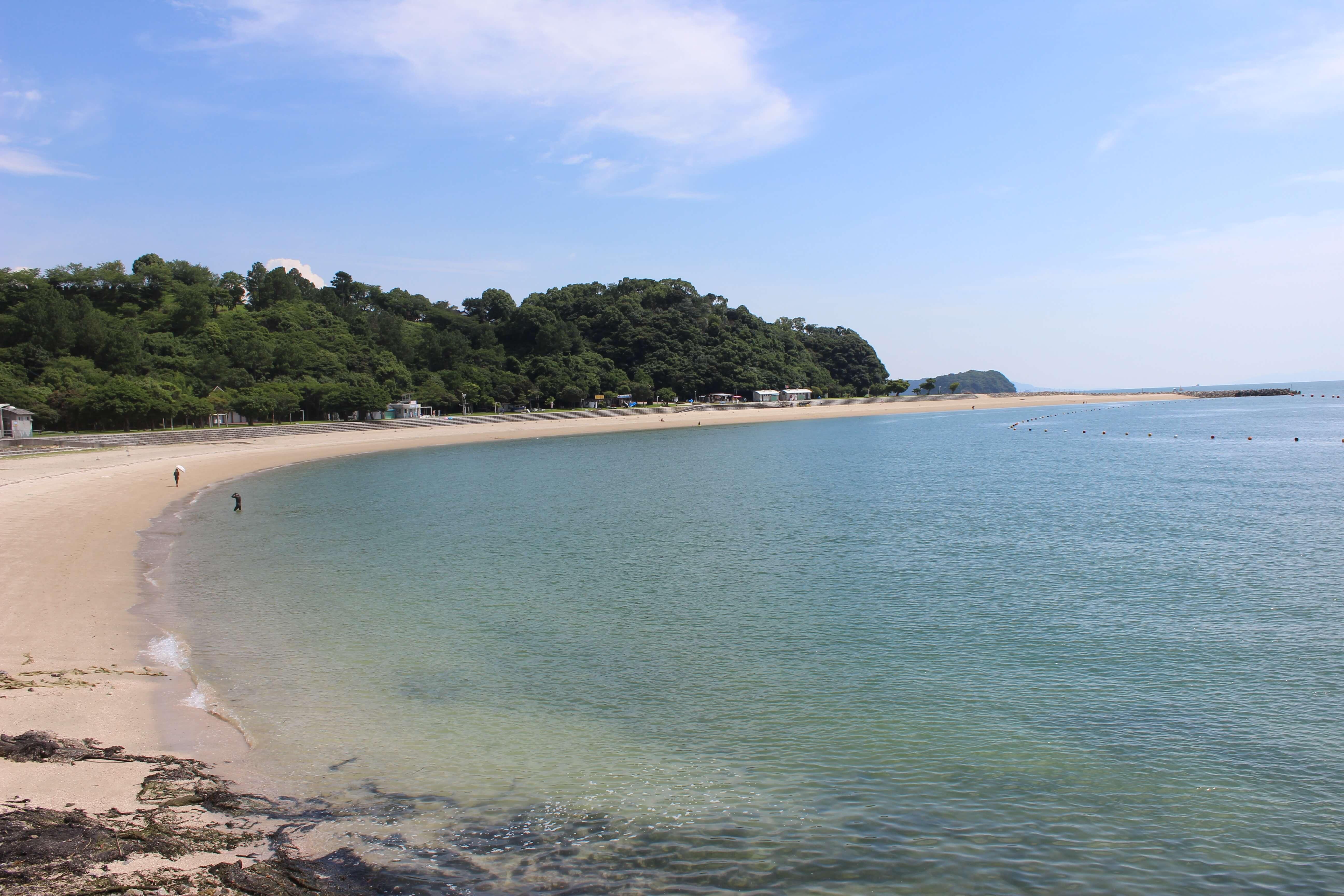 【御立岬海水浴場(おたちみさき)】広大な敷地にはゴーカートも。家族での海水浴にもおすすめ。