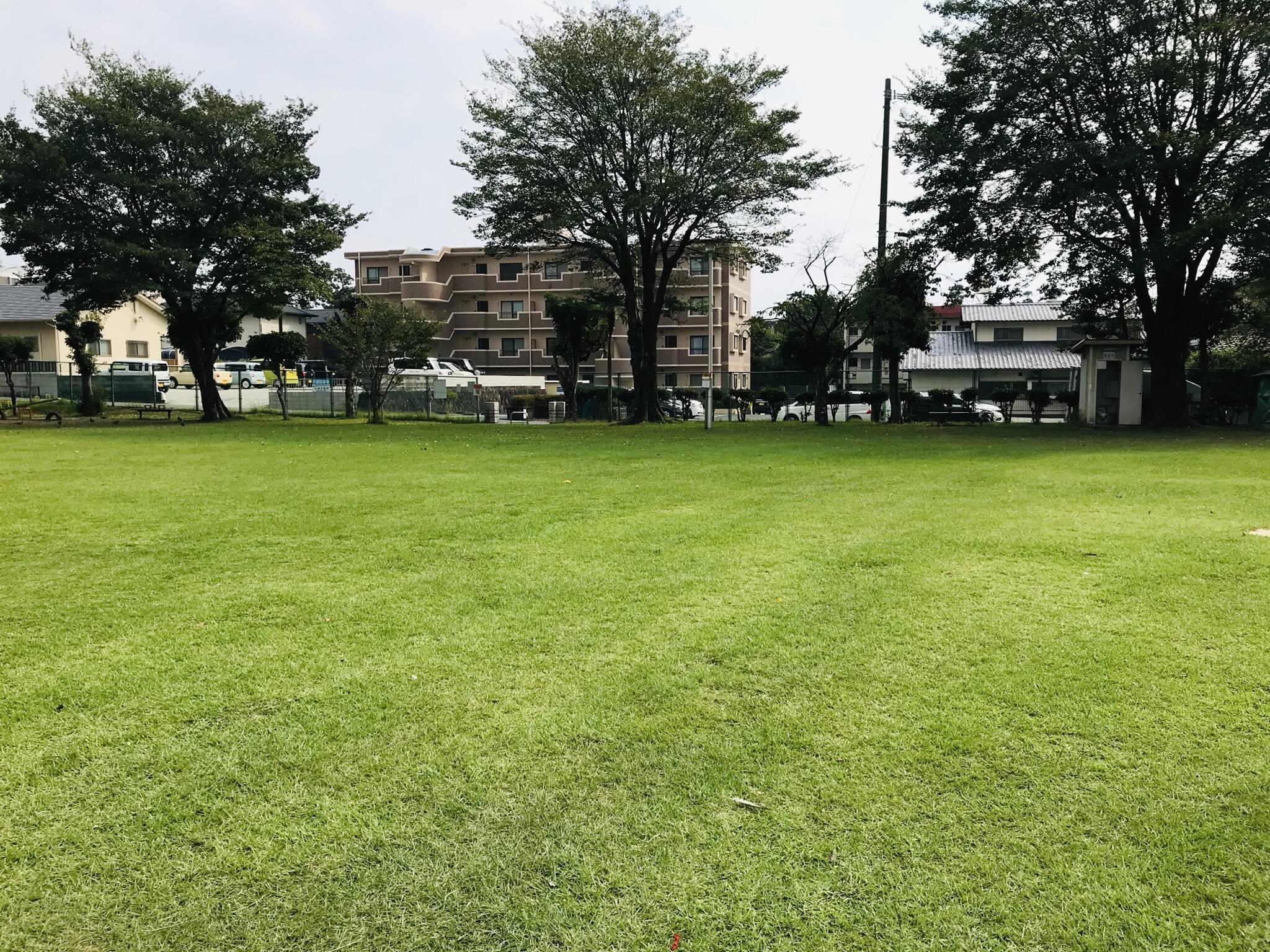 【壱町畑公園】芝生が綺麗な小さくて可愛い公園!《熊本市東区健軍》