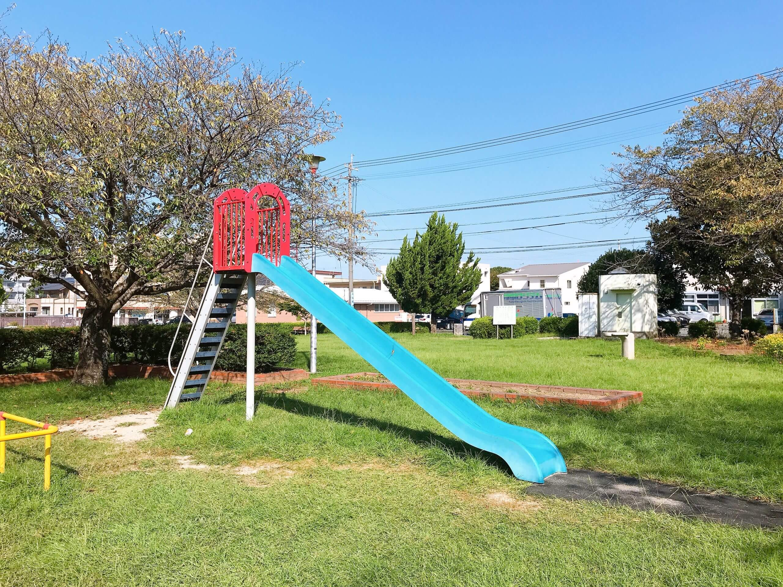【鳥井原公園】児童館も近くにあり!2ヶ月に一度のマルシェも楽しい♪《熊本市東区錦ヶ丘》
