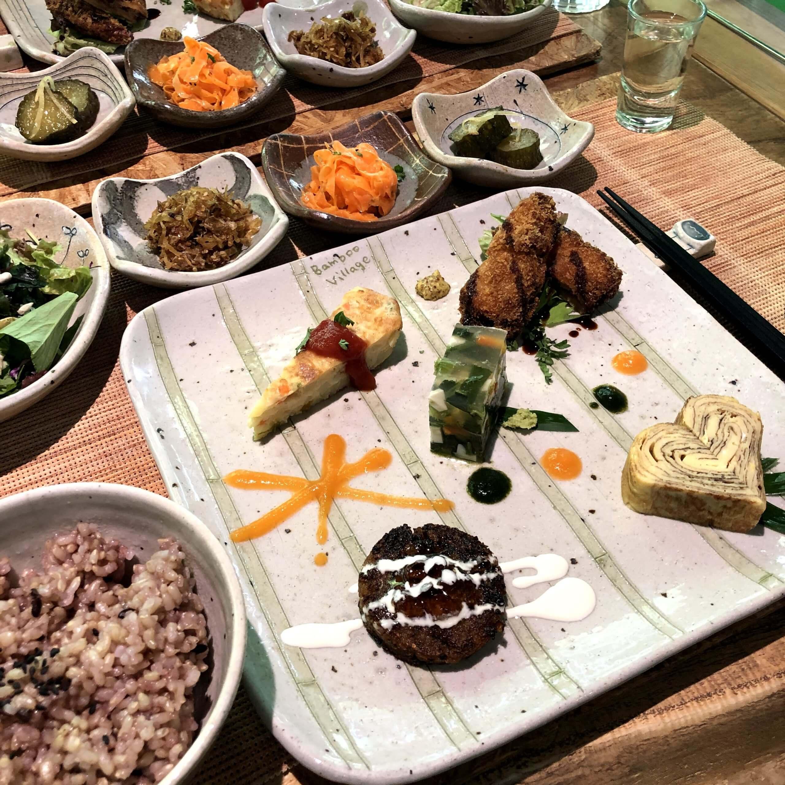【雑貨カフェ Bamboo Village -バンブービレッジ-】身体に優しいヘルシーで美味しいランチで大満足。雑貨も購入できる素敵なカフェ《熊本市北区弓削》
