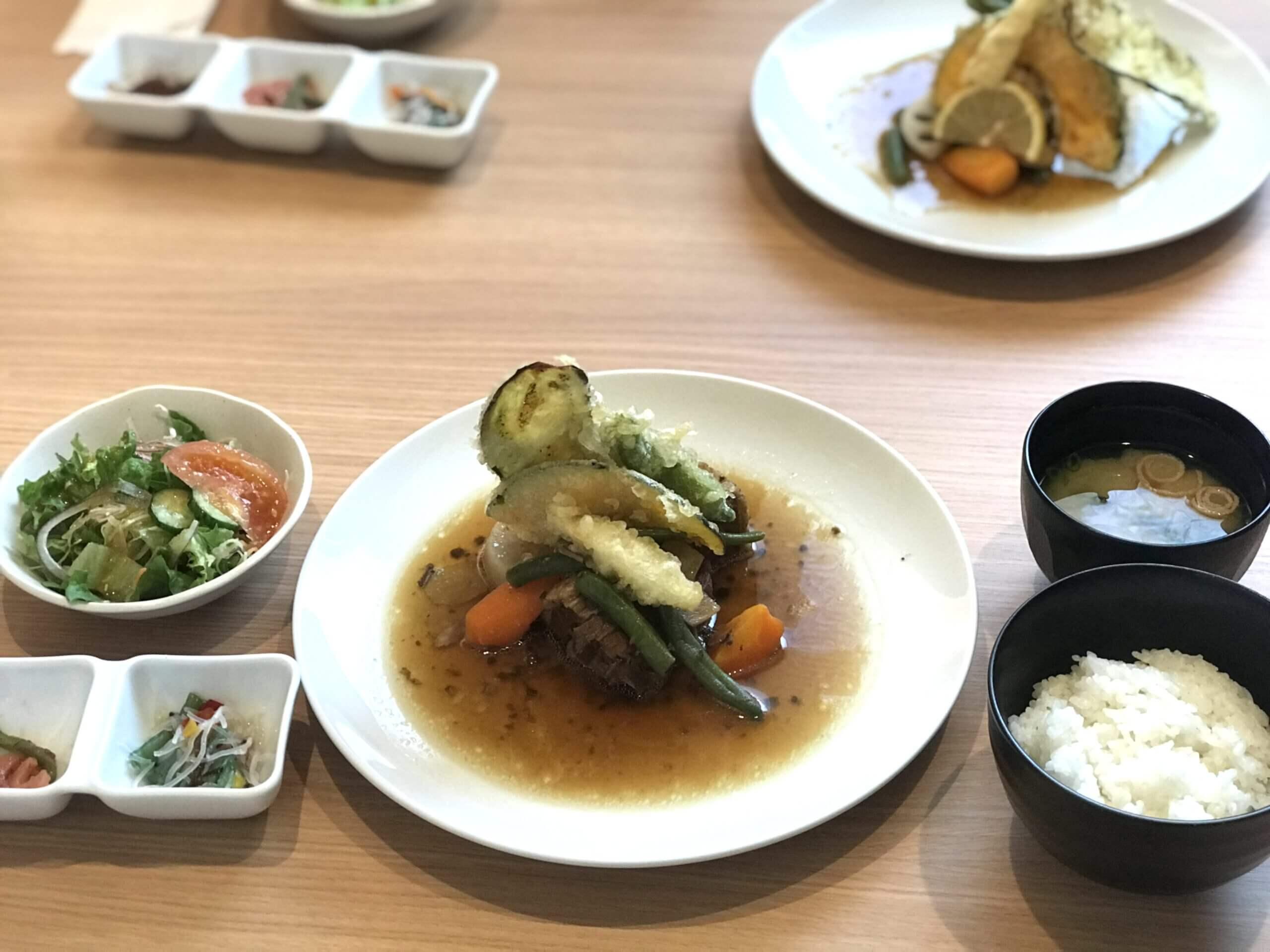 【Arot of Kitchen(アロットオブキッチン)】こだわりの素材と味付けが人気のお店 おしゃれな空間で食べる美味しいランチ (熊本市東区小峯)