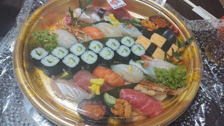 【豊寿司】子育て中の従業員に家族全員分の食事を作る店主がいる老舗お寿司屋さん《玉名郡玉東町稲佐》