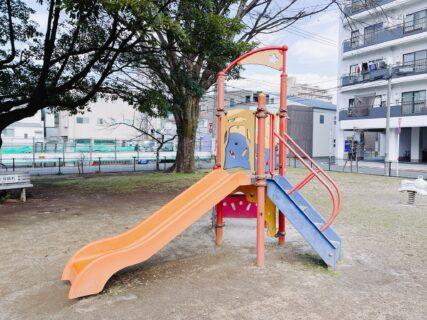 【代継公園】駅近!穴場の公園!電車も見れる伸び伸びと遊べる公園《熊本市中央区白山》