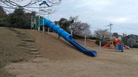 【増永公園】改装されたばかりでピカピカ!荒尾でターザンのある公園《荒尾市増永》