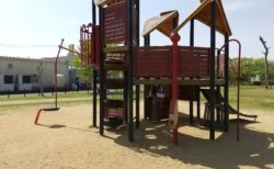 【本戸公園】立地抜群、ヨーロッパの遊具がある公園!水遊びもできるよ☆《天草市中村町》
