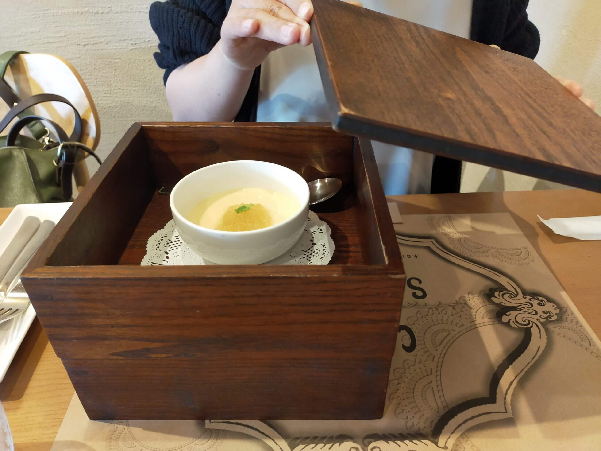 【cafe sucre カフェシュクレ】過去最高のコスパ!カフェとは名ばかり、予約の取れないフレンチレストラン《熊本市北区植木町鈴麦》