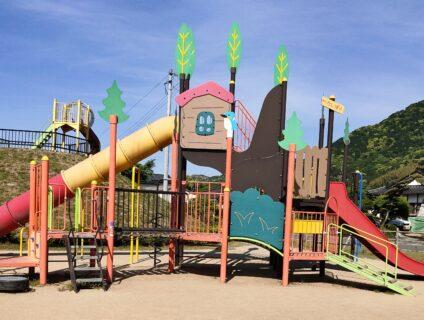 【龍峯やまびこ公園】ローラー滑り台に複合遊具♪近年できたキレイな公園《八代市興善寺町》