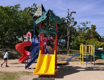 【いぐさの里公園】ローラー滑り台、複合遊具も楽しい♪い草の町の公園《八代市千丁町新牟田》