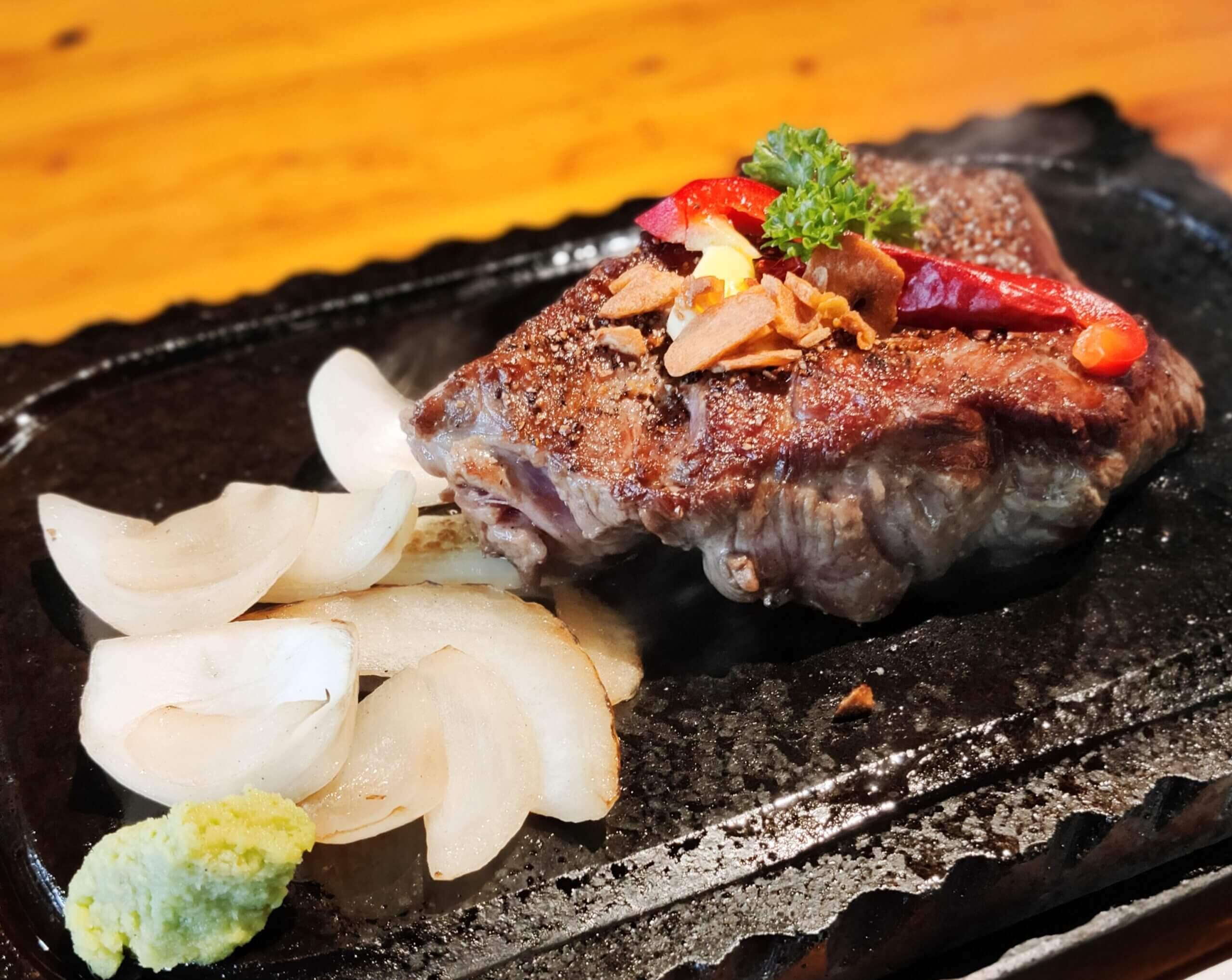 【リゾート げんこつ村ー上天草市大矢野町登立ー】上天草のハワイで頂く♪人気のステーキに、ロコモコ